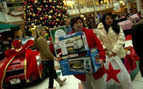 mexicanos-gastaran-3253-pesos-en-regalos-navidenos