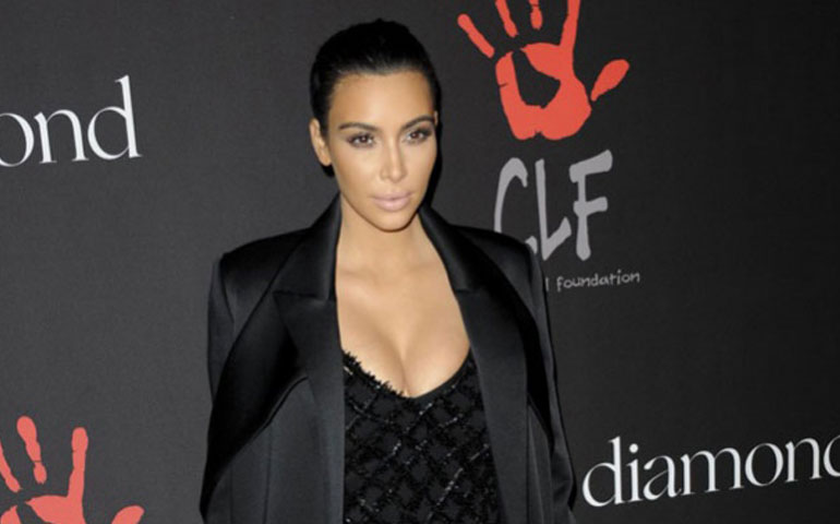 a-kim-kardashian-le-rechazan-sus-regalos-navidenos