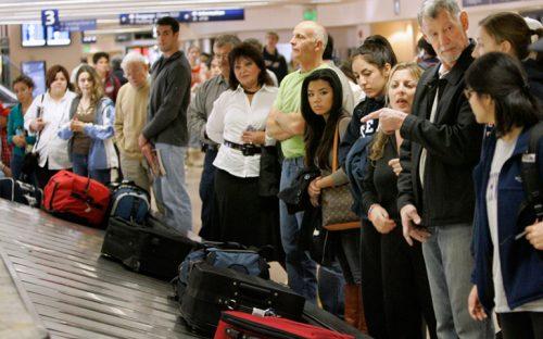 aeropuertos-agilizan-ingreso-de-extranjeros-al-pais