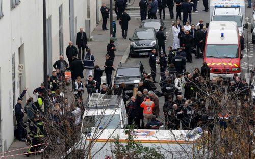 al-menos-12-muertos-en-atentado-contra-revista