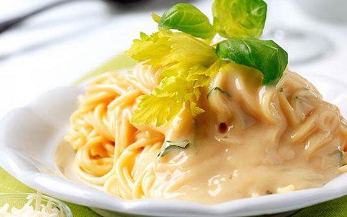 Spaghetti-en-salsa-de-calabaza