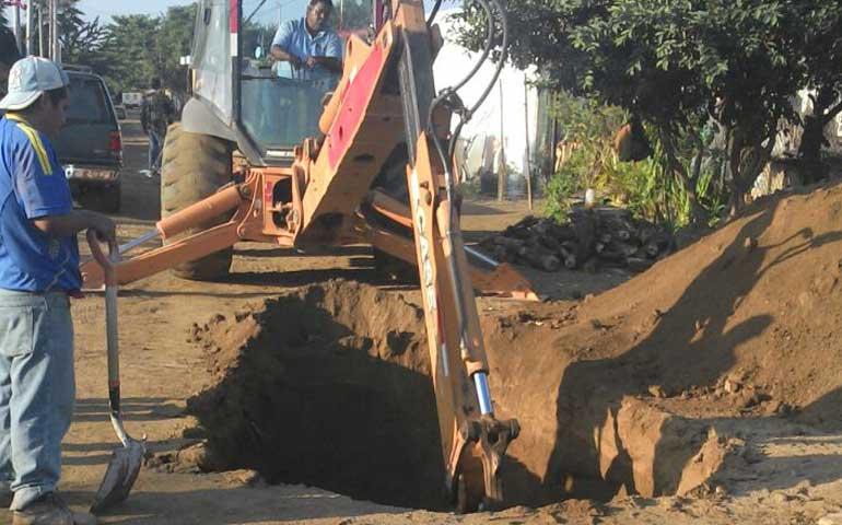 avanza-ampliacion-de-drenaje-en-mezcales-y-bucerias