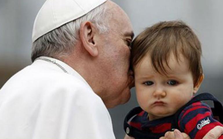papa-francisco-aconseja-no-reproducirse-como-conejos