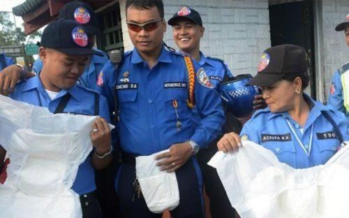 policias-filipinos-usaran-panal-durante-visita-del-papa