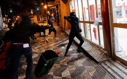 protestan-en-brasil-contra-aumento-a-tarifa-de-transporte