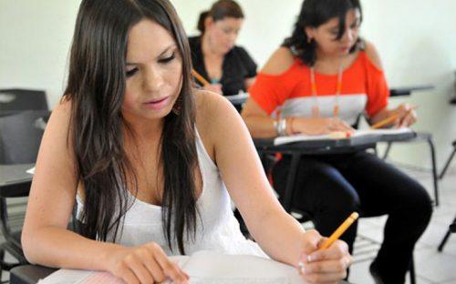 seis-de-cada-10-maestros-reprobaron-examen-para-obtener-una-plaza-sep
