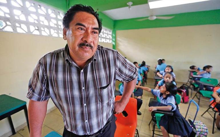 sep-le-quita-el-sueldo-a-mas-de-16-mil-plazas-de-maestros-por-no-estar-registradas