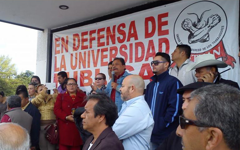 sindicato-de-trabajadores-administrativos-de-la-uan-protestan-con-paro-de-labores