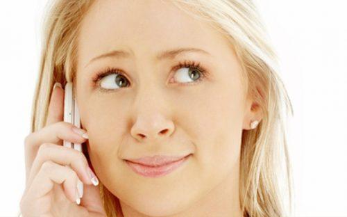 acne-provocado-por-el-celular-evitalo