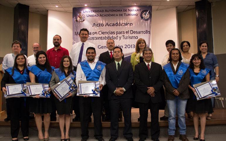 acto-academico-generacion-2013-20141