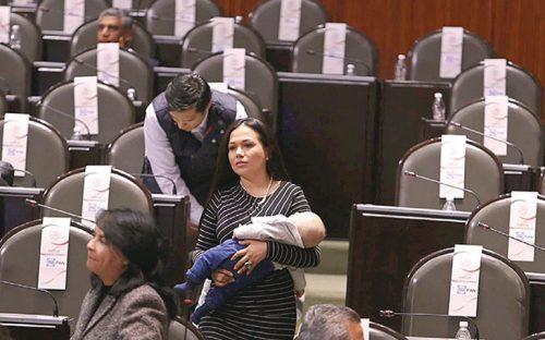 aplicaran-descuento-a-senadores-faltistas