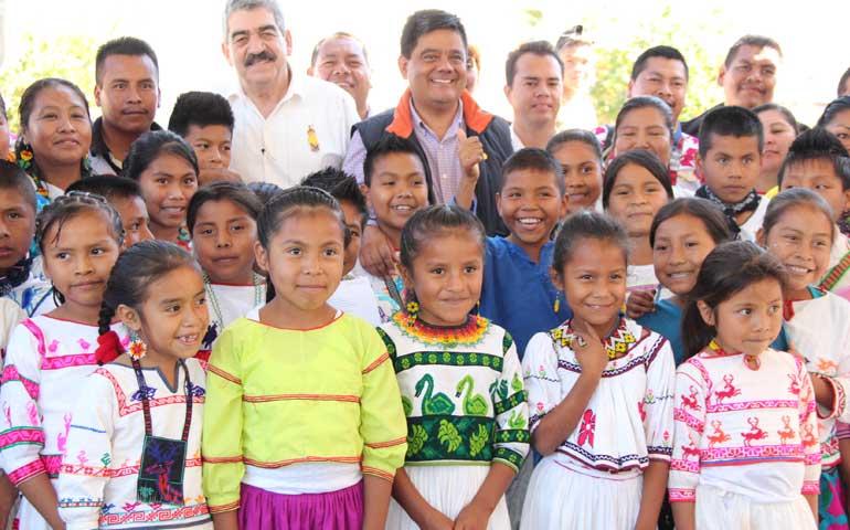 celebran-el-dia-internacional-de-la-lengua-materna