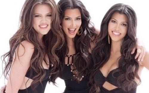 descubren-a-quienes-de-las-kardashian-les-gusta-orinar-en-publico