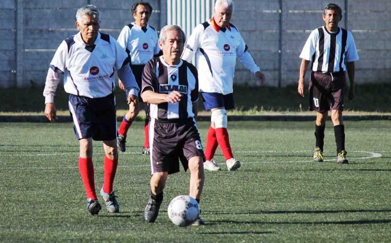 futbolista-activo-de-76-anos