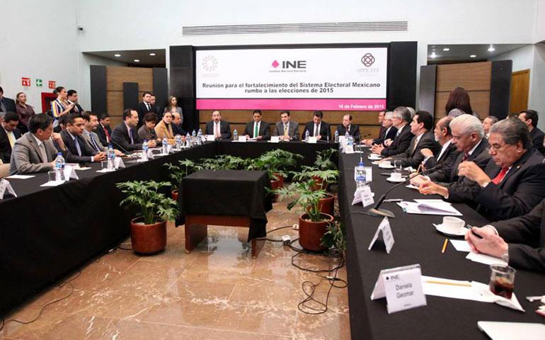 gobernadores-se-comprometen-a-garantizar-elecciones-en-paz