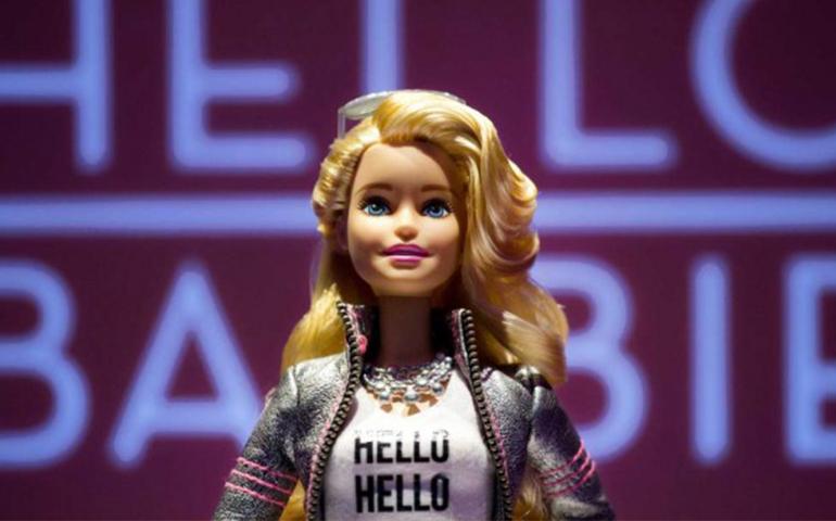 hello-barbie-la-nueva-muneca-interactiva-de-mattel-respondera-como-siri