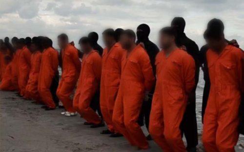isis-difunde-video-de-presunta-decapitacion-masiva-de-egipcios-cristianos-en-libia