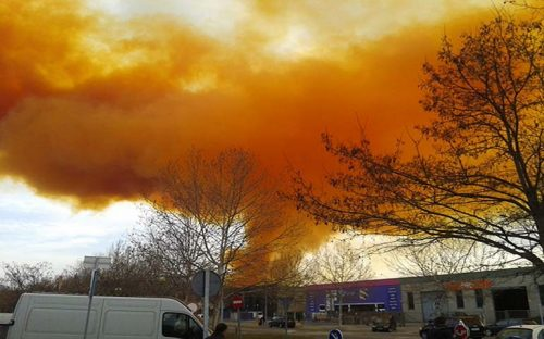 causa-explosion-dos-heridos-y-nube-toxica-en-espana
