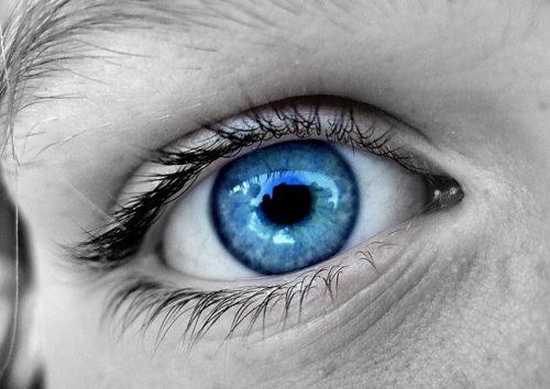 los-ojos-azules-no-existen