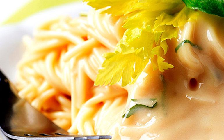 pasta-en-salsa-de-queso-gouda