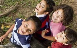 santander-y-unicef-inician-campana-a-favor-de-la-educacion-en-zonas-marginadas