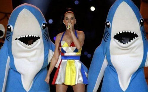 tiburones-de-katy-perry-a-punto-de-ser-mas-populares