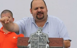 alcalde-de-puerto-vallarta-organiza-baile-y-paga-2-mdp-a-el-recodo-y-los-recoditos