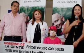 ana-lilia-entrega-donacion-para-los-ninos-con-cancer