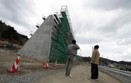 construye-japon-cadena-de-muros-de-400-km-contra-tsunamis