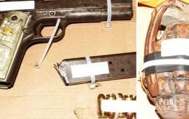 detienen-a-hombre-con-pistola-y-granada-en-bulevar-tepic-xalisco