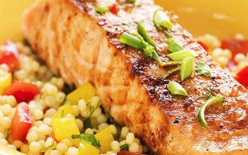 ensalada-de-super-alimentos-con-salmon