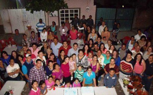 festejan-cumpleanos-al-diputado-hector-santana