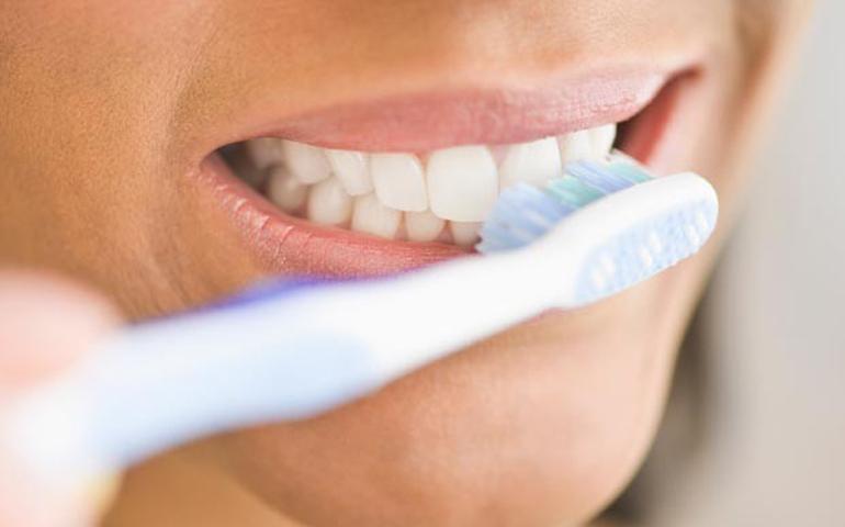 internet-en-cepillo-de-dientes
