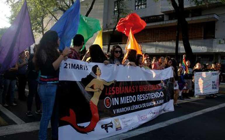 marchan-lesbianas-para-exigir-alerta-de-genero-en-jalisco