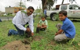 mil-200-arboles-se-plantaron-en-el-libramiento-de-tepic