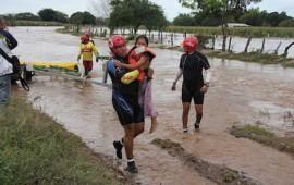 se-desborda-el-rio-ameca-desalojan-a-mas-de-200-personas-en-puerto-vallarta