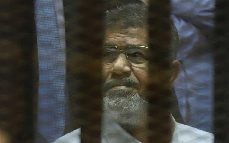 condenan-al-ex-presidente-mursi-a-20-anos-de-prision