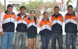 deportistas-reciben-uniformes