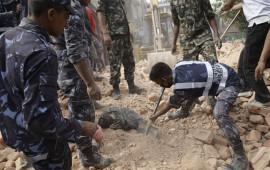 mas-de-cuatro-mil-cien-suman-los-muertos-por-el-terremoto-en-nepal