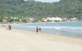 abren-playas-de-nayarit-despues-de-mar-de-fondo