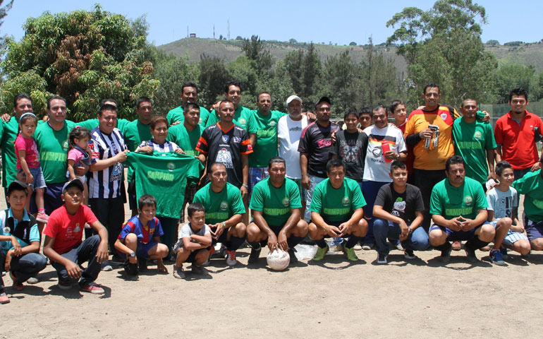 barrenderos-son-campeones-en-veteranos