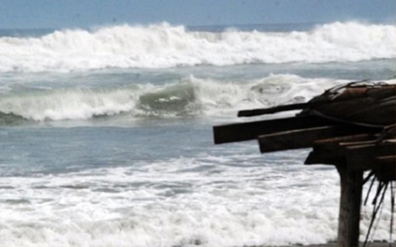 cierran-playas-en-nayarit-por-oleaje-elevado