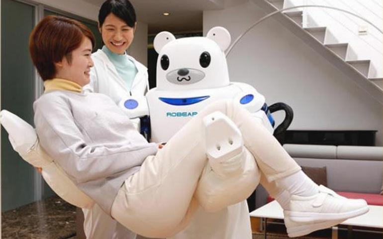 crean-al-primer-robot-enfermero-del-mundo