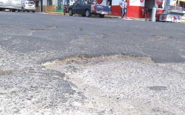 denuncian-malas-condiciones-de-las-calles-de-tepic
