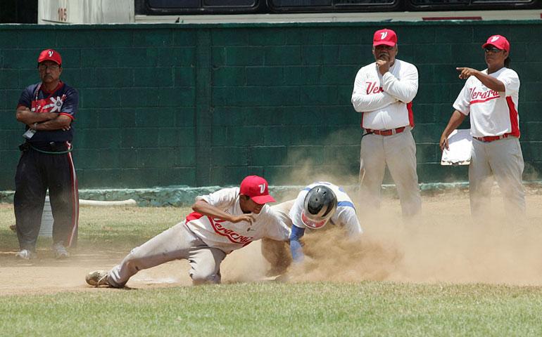 en-puerta-el-segundo-juego-en-beisbol