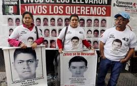 familiares-de-normalistas-protestan-en-argentina