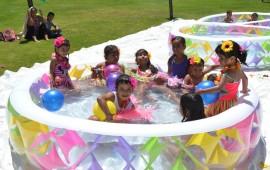 fundacion-rie-festeja-el-dia-del-nino-con-grandiosa-fiesta-hawaiana8