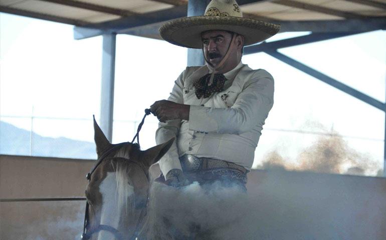 impresionante-rancho-las-cuatas