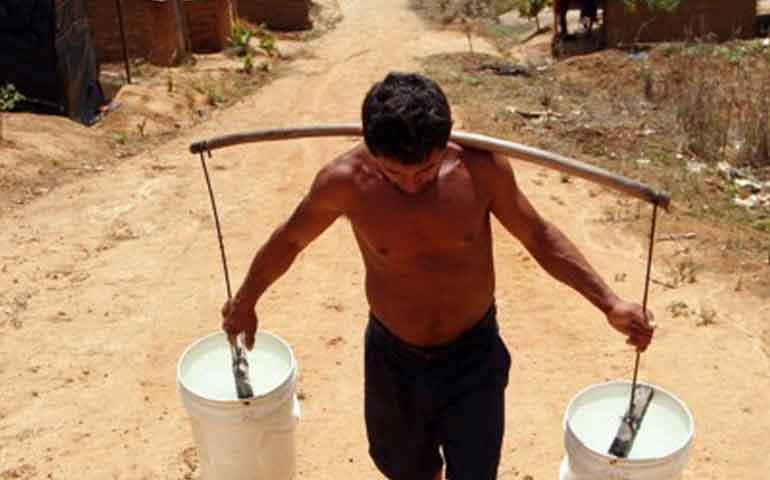 mas-de-un-mes-sin-agua-en-la-comunidad-de-la-herradura