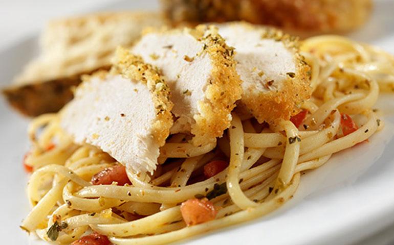 pasta-al-horno-con-elote-y-pollo
